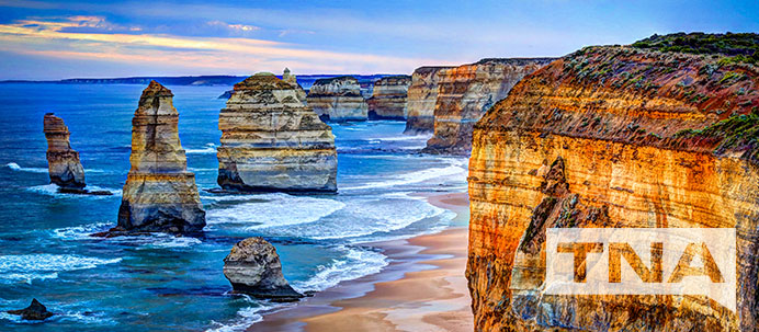 12 apostles on a sunny day with blue water