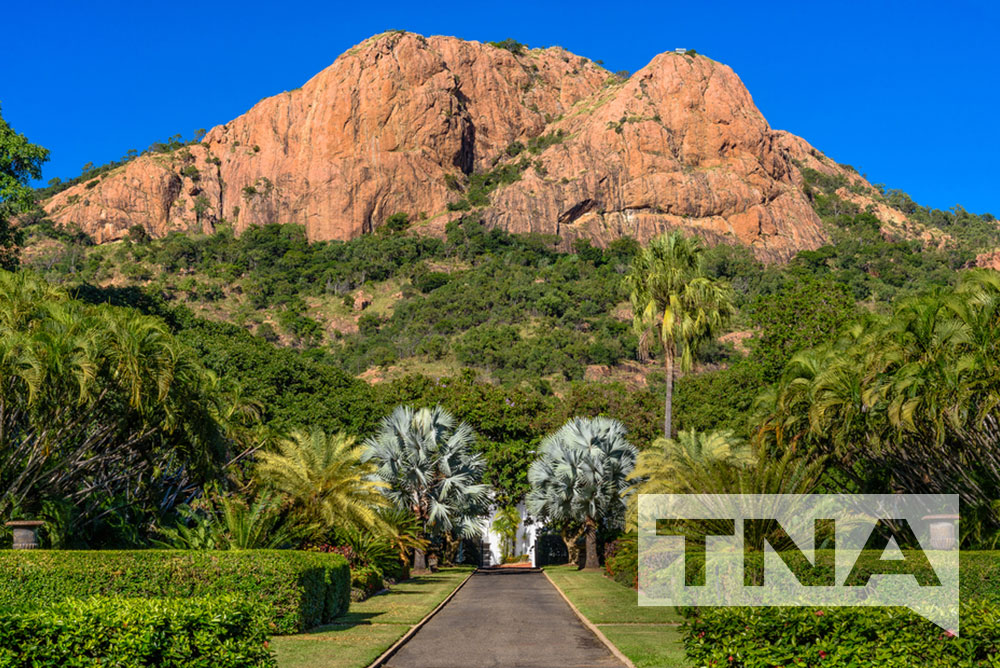 Townsville Bus Hire and Coach Charters to Castle Hill