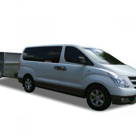 Luxury 9 Seat Minibus