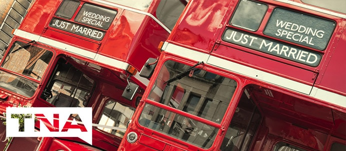 hire a bus for yourw wedding
